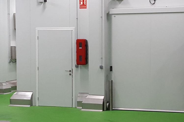 Puerta de servicios l nea econ mica sep tane hermetic - Puertas de servicio ...