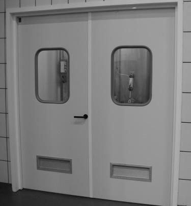 Puerta de servicios reforzada tane hermetic for Puertas para cocinas industriales